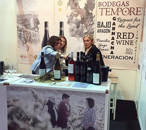 BODEGAS TEMPORE ORGANIC WINES AT THE SPANISH WINE FAIR (FENAVIN)